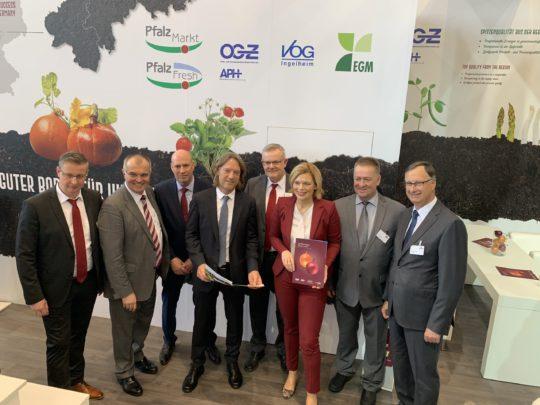 Messeauftritt Fruitlogistica Berlin 2020 Julia Klöckner
