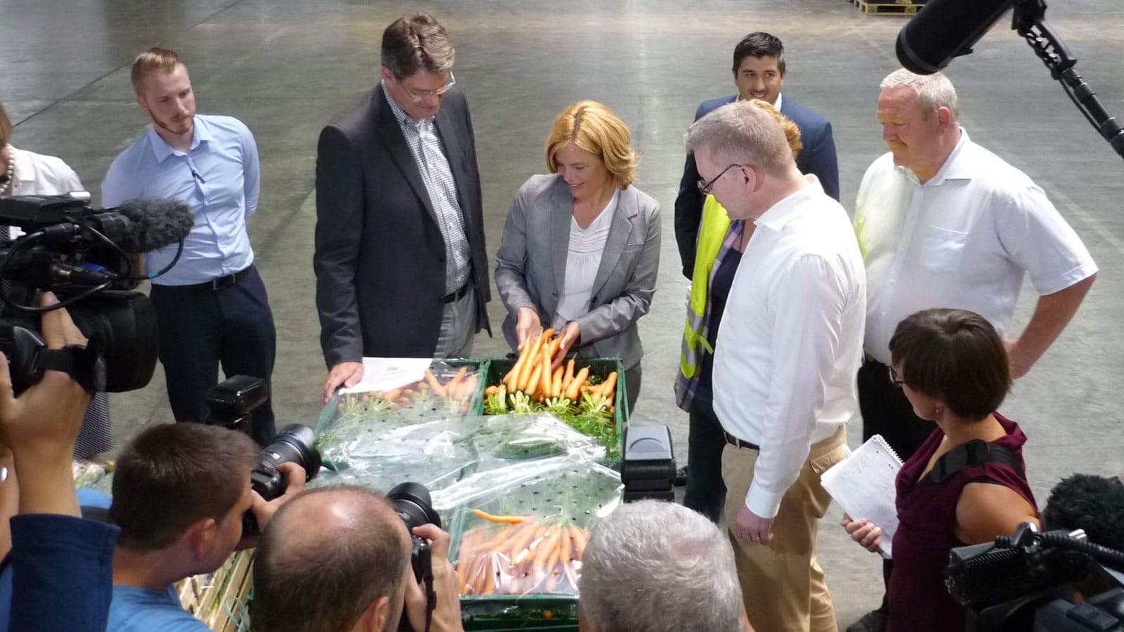 Besuch von Julia Klöckner und Patrick Schnieder im Pfalzmarkt