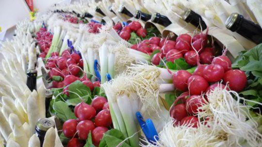 Frische Pfalzmarkt-Produkte zum Pfälzer Spargelstich